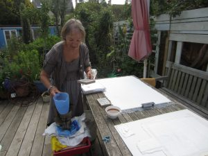 Papermaking in the sunshine